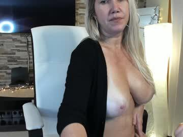 angel_danm_milf chaturbate